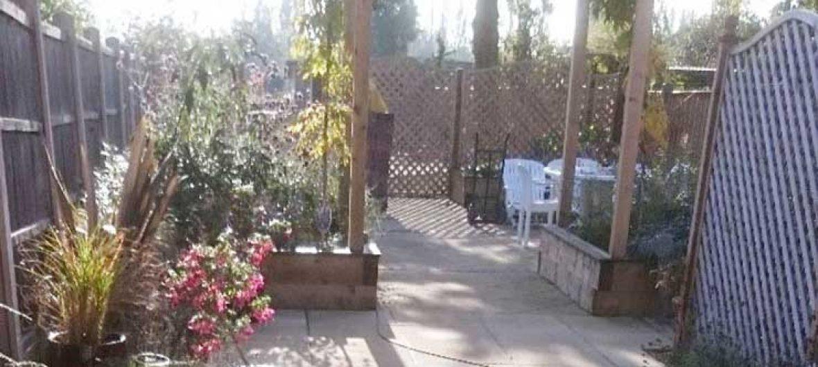 long-garden-3